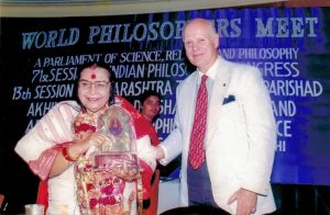 shri-mataji-nirmala-devi-with-claes-nobel